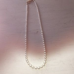 Jewelry - Pearls 16 inch